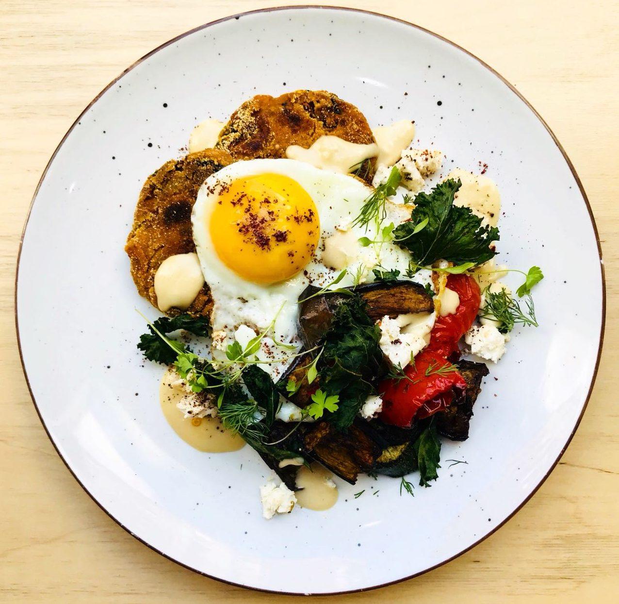 Izy Hossack – Falafel Spiced Sweet Potato and Egg Breakfast
