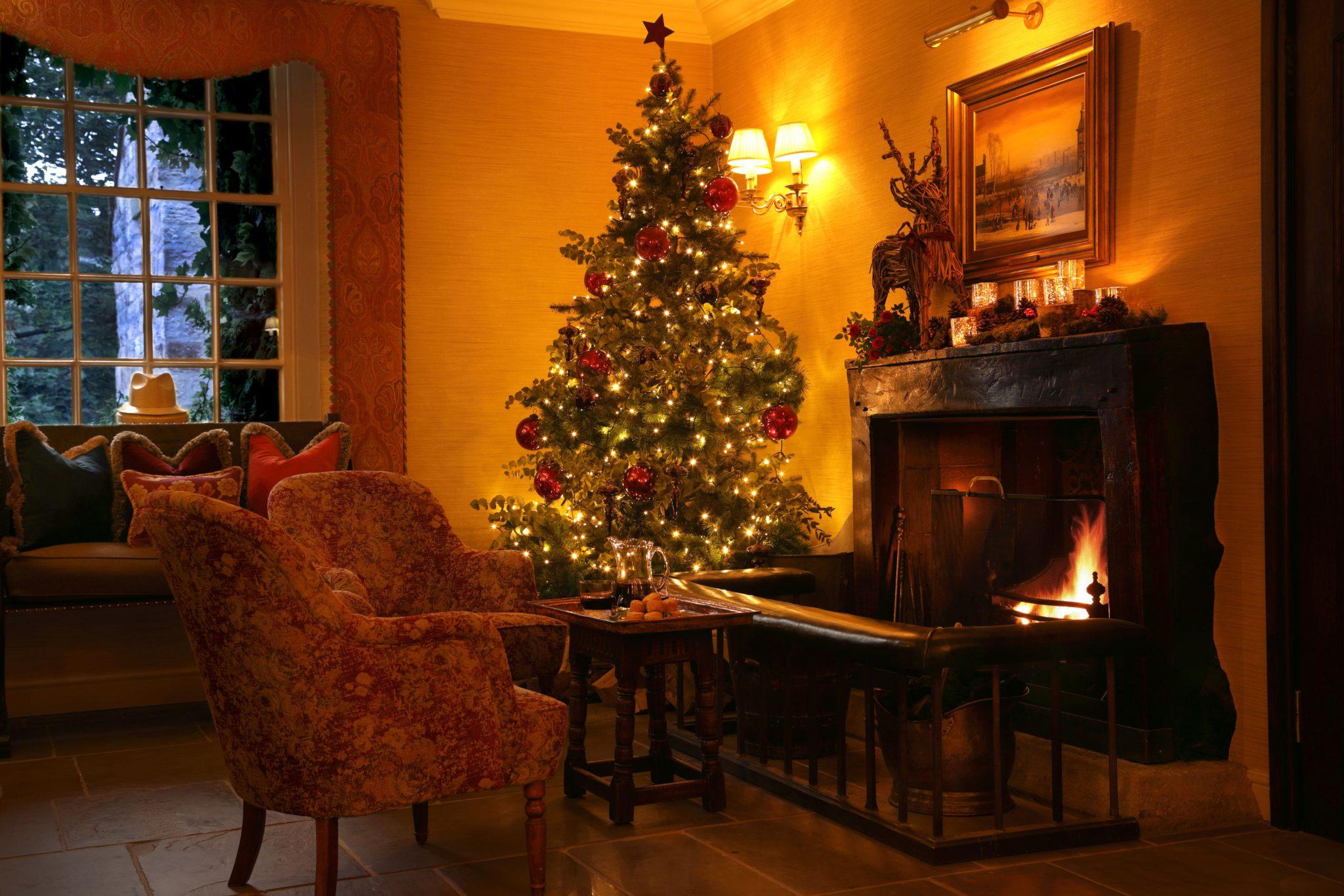 Christmas lounge 1