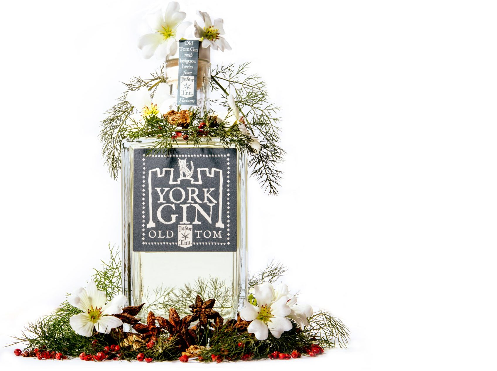York Gin Old Tom with botanicals – CREDIT Matthew Kitchen Photography
