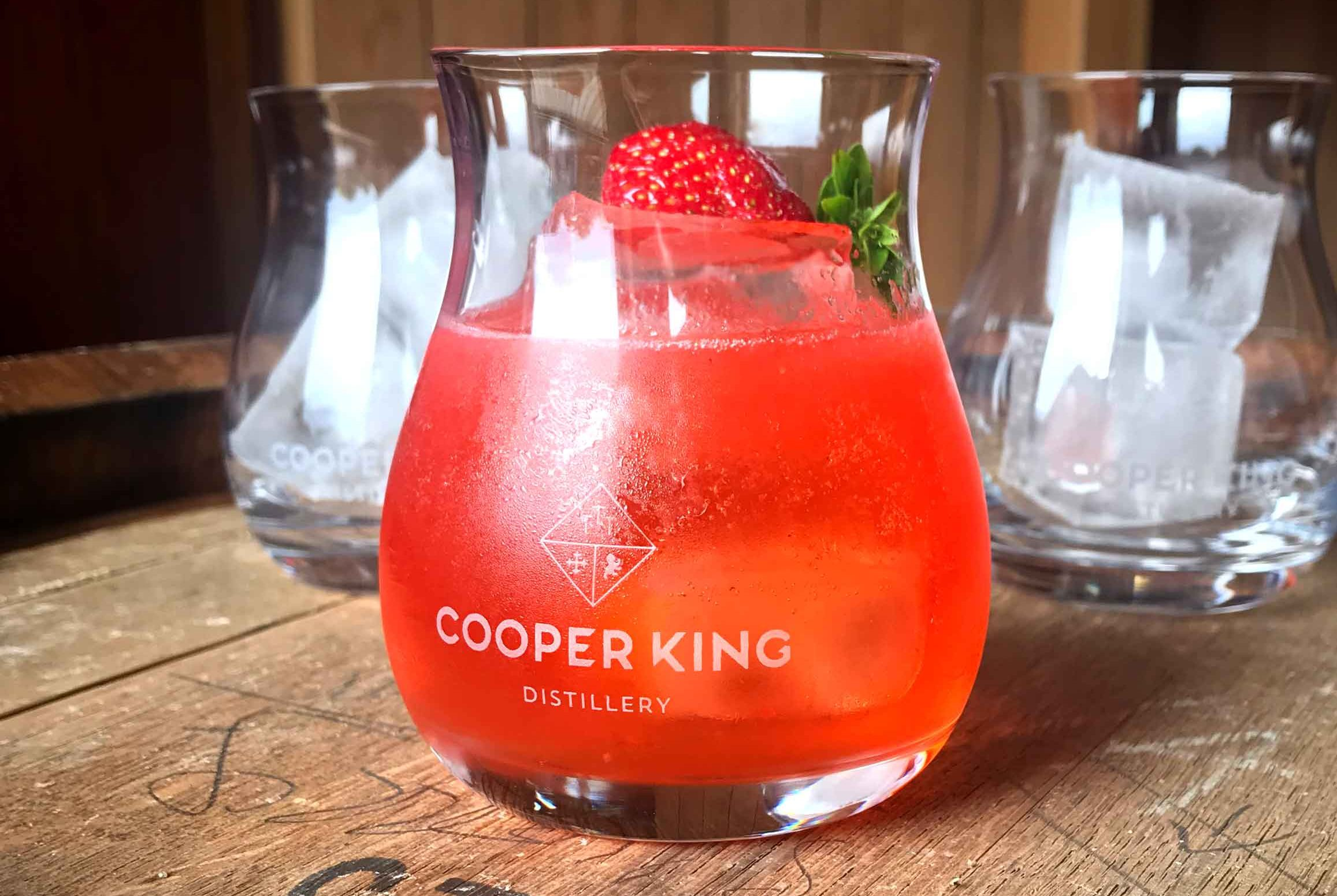 Cooper King- deck-chair-yorkshire-gin-cocktail